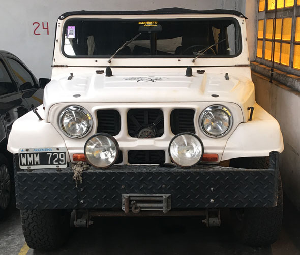 Car Jeep IKA