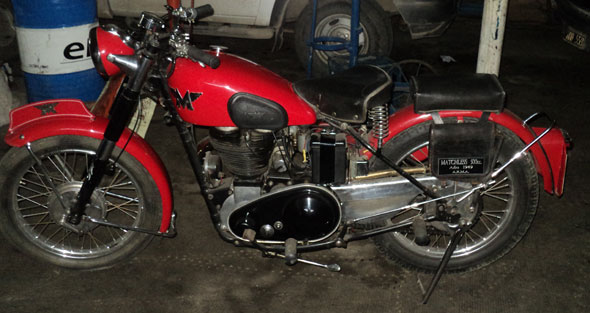 Motorcycle Norton Matchless 500