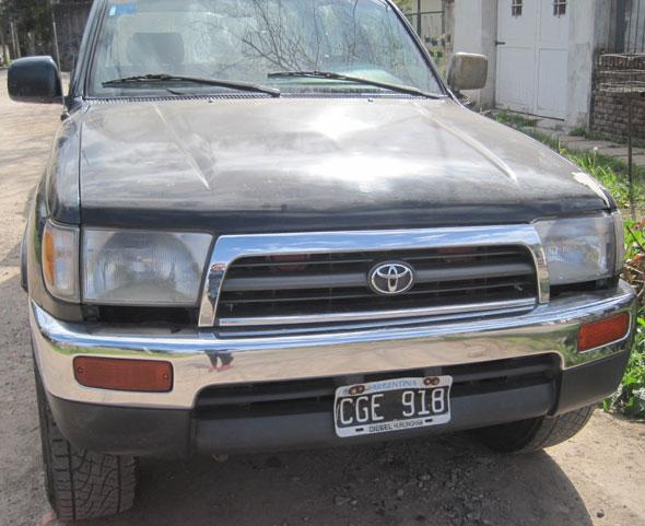 Auto Toyota Rummer 1998