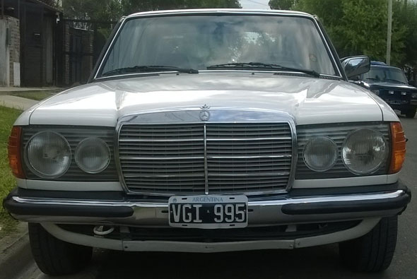 Car Mercedes Benz 1981