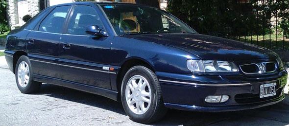 Car Renault Safrane