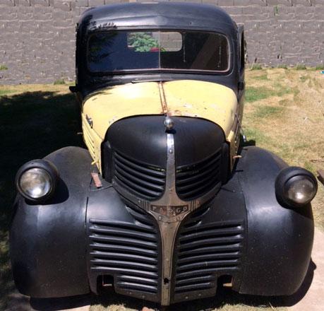 Car Dodge Fargo