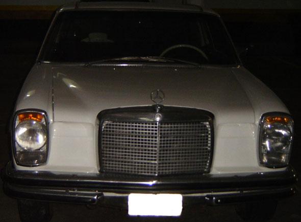 Car Mercedes Benz 250C