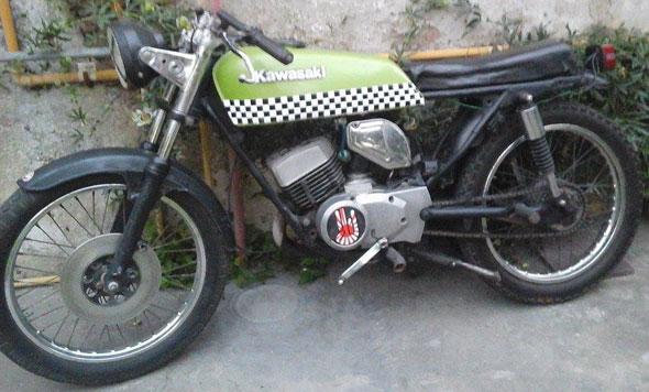 Motorcycle Kawaski GTO