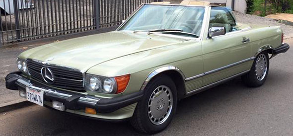 Car Mercedes Benz SL560 1986