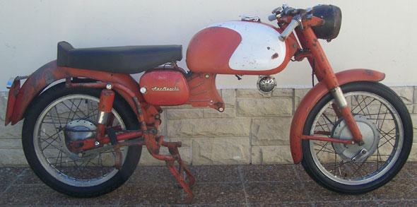 Motorcycle Aermacchi Ala Rossa 1961