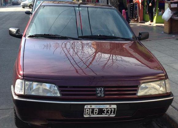 Auto Peugeot 405 GLI