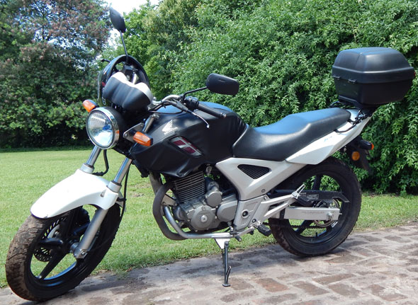 Car Honda CBX 250 Twister