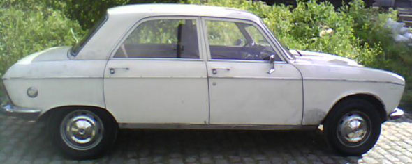 Auto Peugeot 204