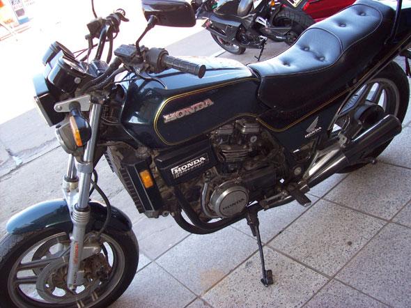 Motorcycle Honda Sabre 1984