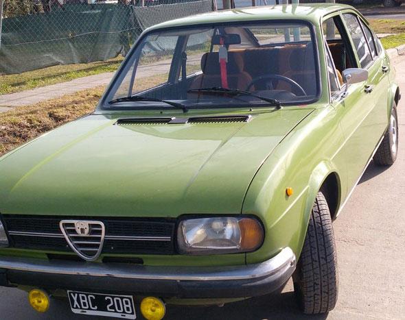 Car Alfa Romeo Alfasud