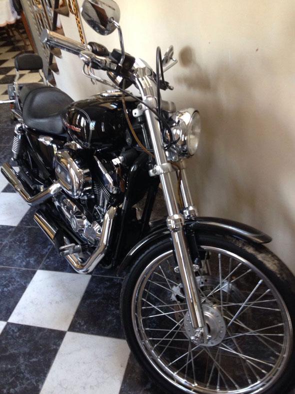 Auto Harley Davidson Sporter Custom 2005