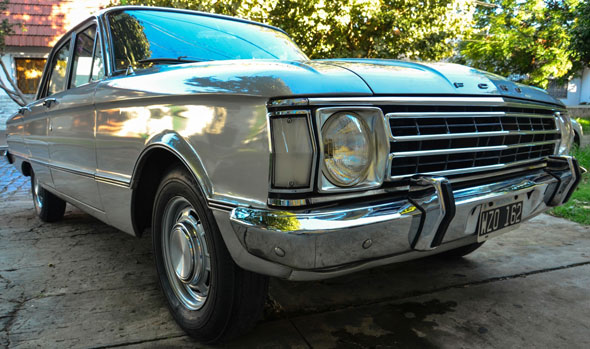 Car Ford Falcon Std
