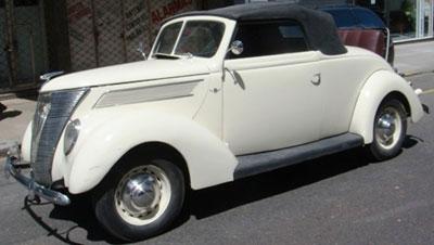 Auto Ford V8 1937 Coupé Voiture