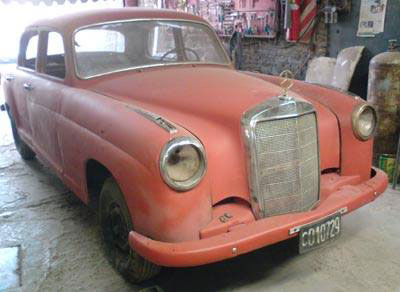 Car Mercedes Benz Ponton 220 S