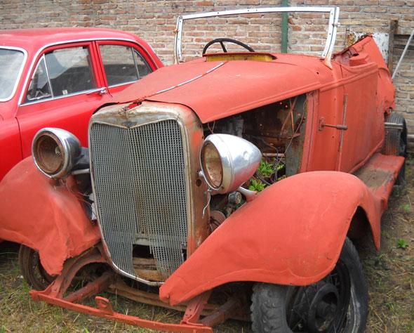 Car Chevrolet Coupé Capota 1932