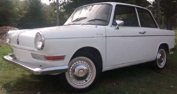Car BMW De Carlo