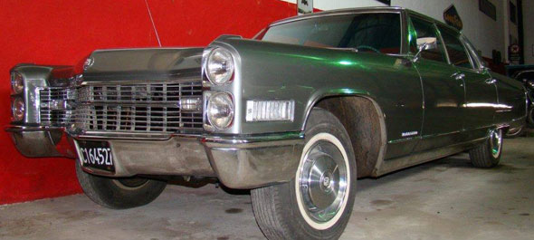 Auto Cadillac 1966