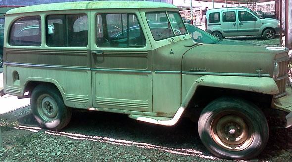 Auto IKA Estanciera 1960