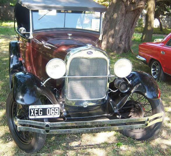 Car Ford A Phaeton 1929