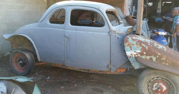 Car Ford 1937