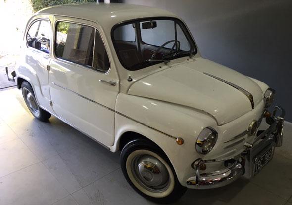 Car Fiat 600 D