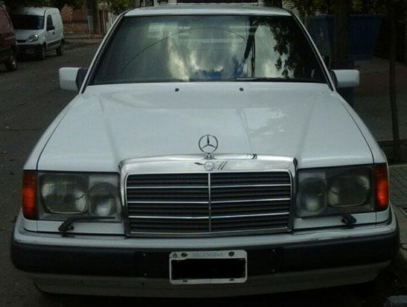 Auto Mercedes Benz 300D Turbo diesel