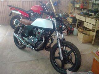 Auto Honda CB 400 N