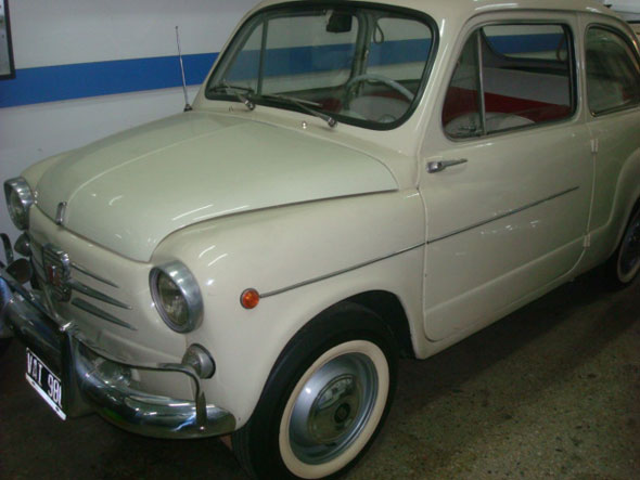 Car Fiat 600 1962