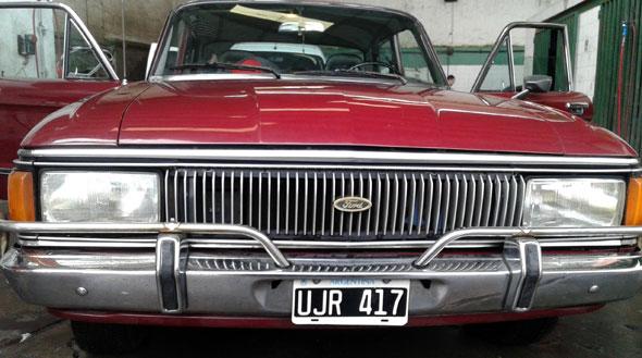Auto Ford Falcon 1980