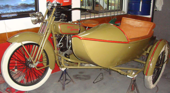 Motorcycle Harley Davidson 1922