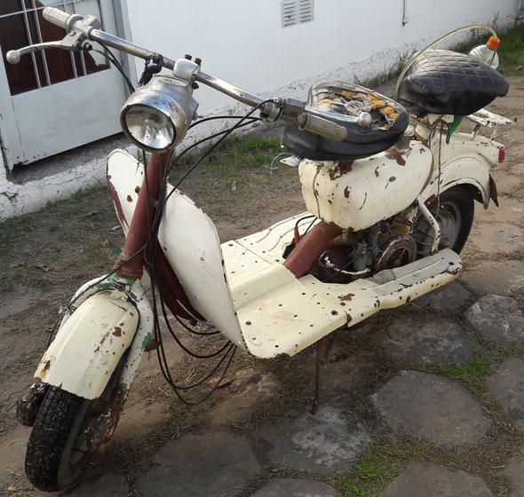 Motorcycle Siambreta AV 175