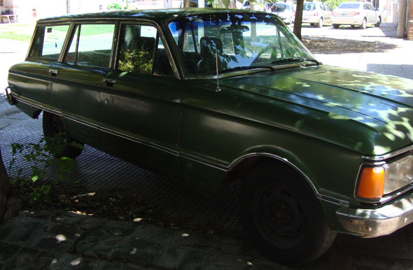 Car Ford Falcon Rural Lujo
