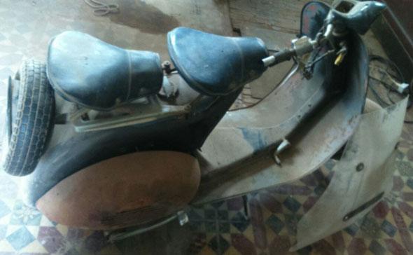 Motorcycle Vespa Paggio 1957