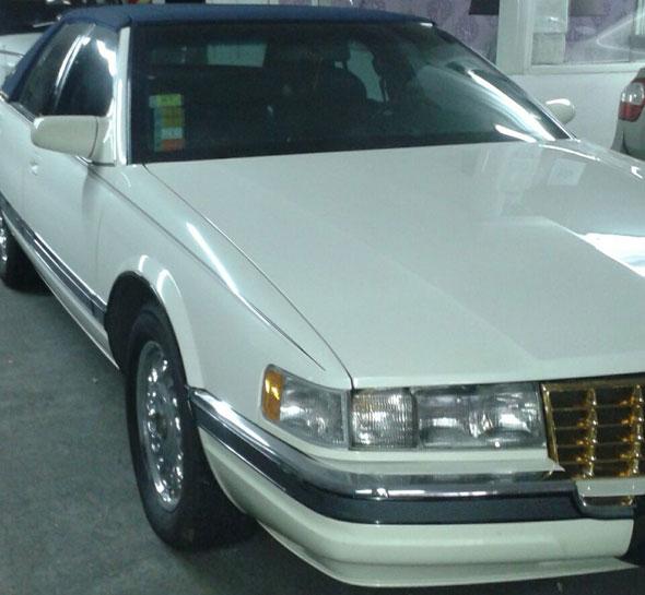 Car Cadillac V8