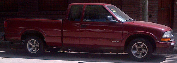 Car Chevrolet S10