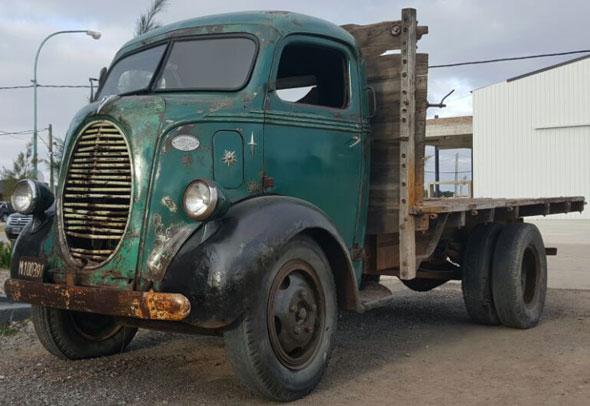 Car Ford COE 1939