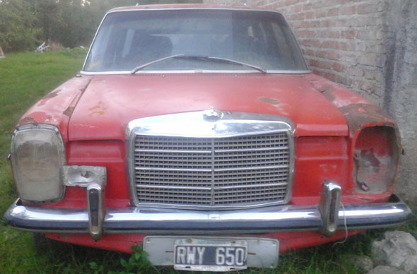 Car Mercedes Benz 220 D 1974