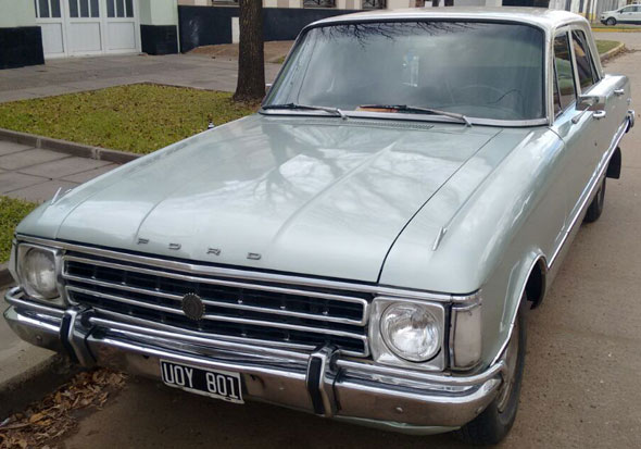 Car Ford Falcon 1974