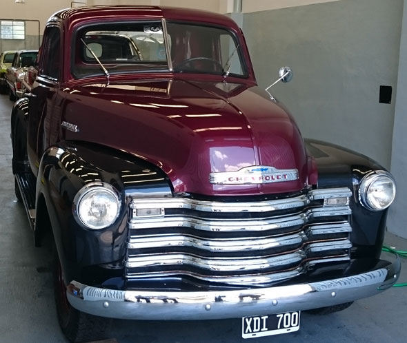 Car Chevrolet Pick-Up