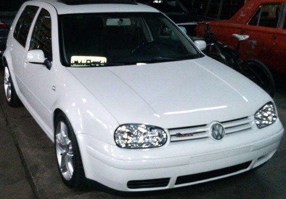 Auto Volkswagen Golf GTI