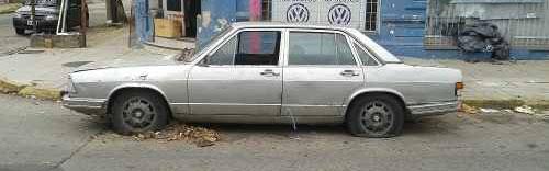 Auto Audi 100