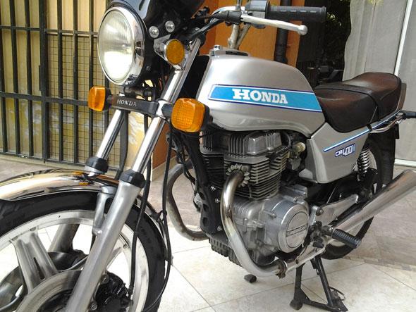 Moto Honda CB 400 N