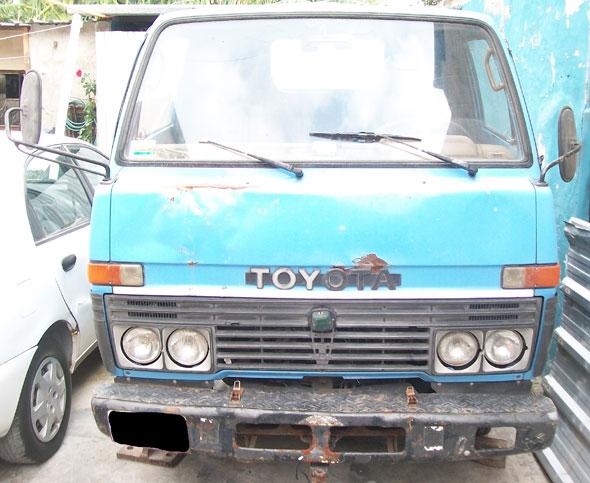 Auto Toyota Dyna