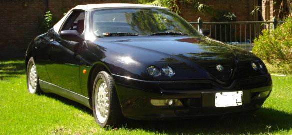 Car Alfa Romeo Spider