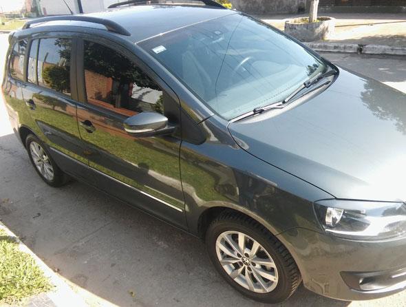 Car Volkswagen Suran
