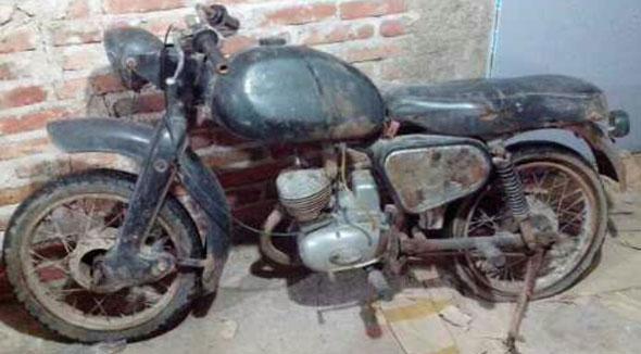 Motorcycle Puma Cuarta Serie 98