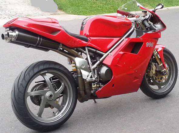 Car Ducati 996