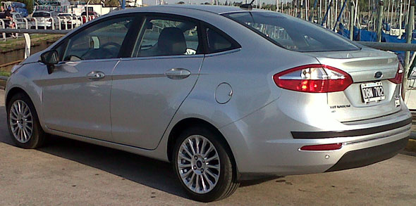 Car Ford Fiesta KD Titanium