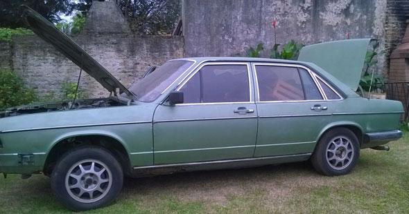 Car Audi 100 1981